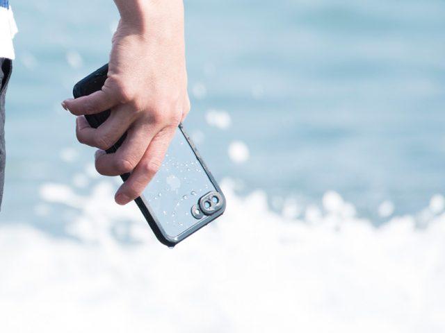 【新商品】完全防水のシェルケース、iPhone7plus専用が入荷しました